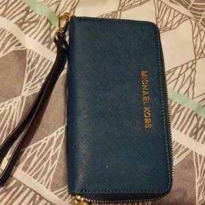 MK phone wallet